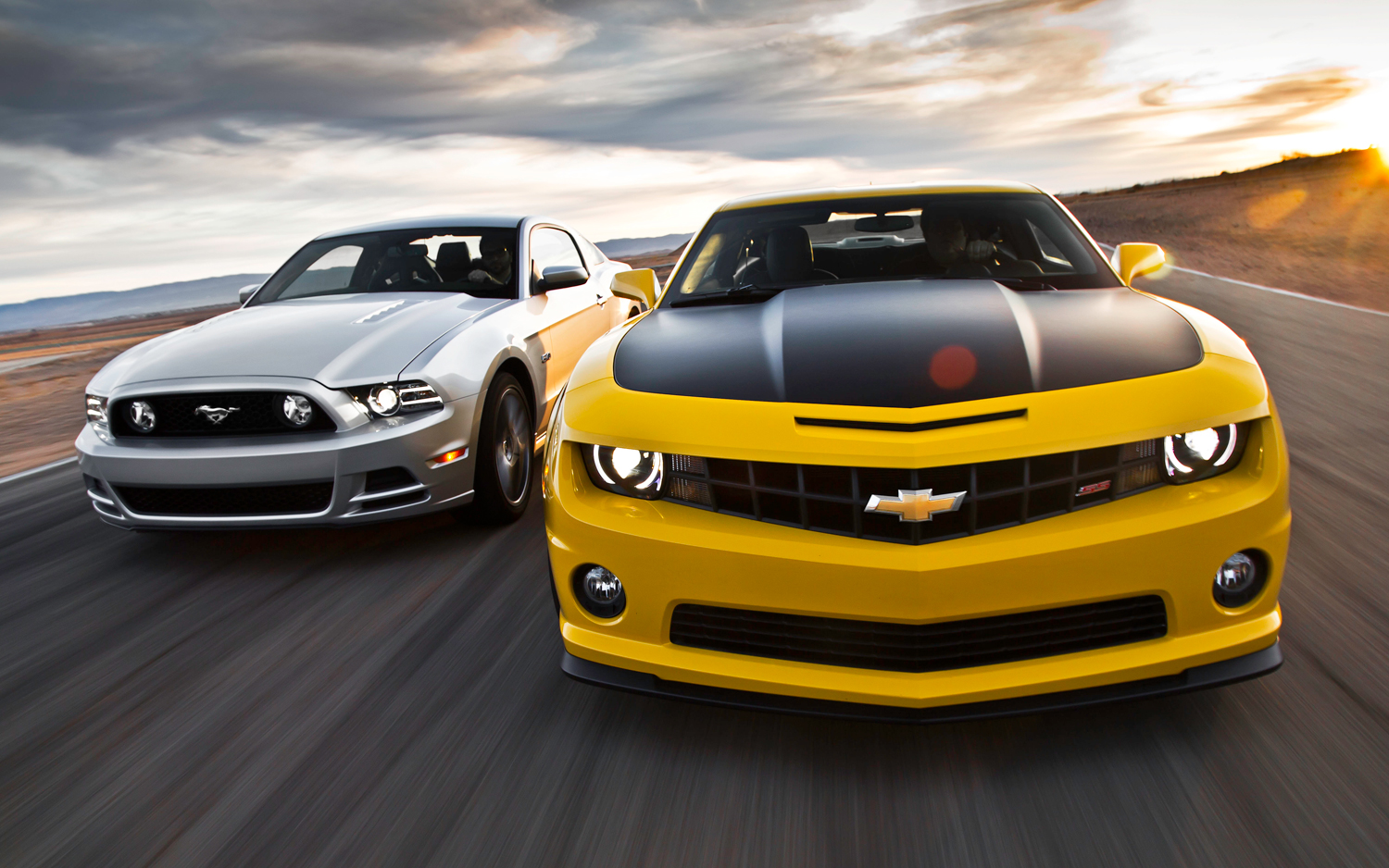 a comparison of camaro ss and mustang gt